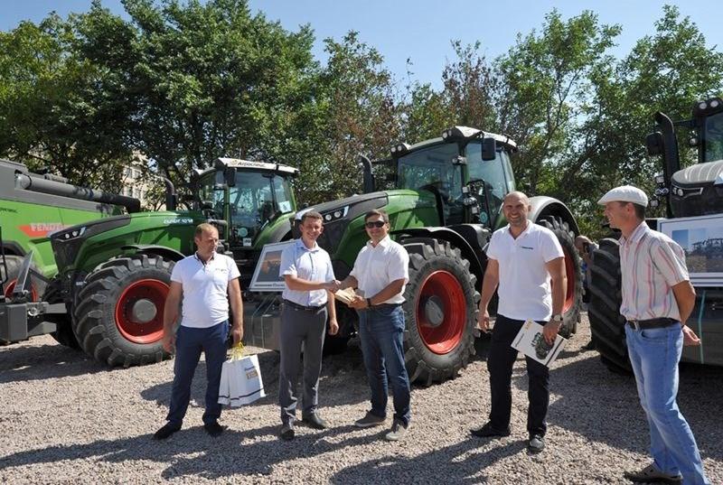 Нибулон,Агроспейс, вручение ключей от тракторов Фендт